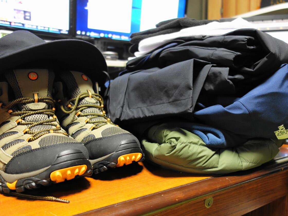 富士登山に必要な服装一式