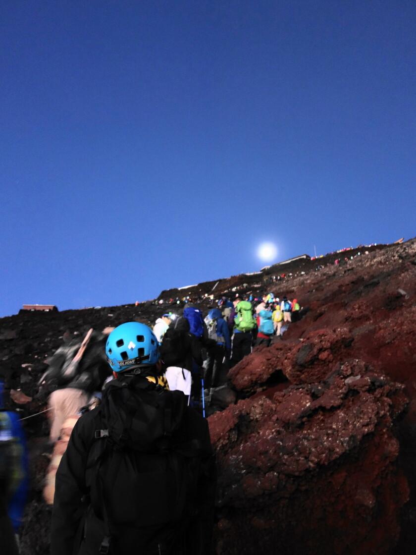 富士山頂までの山道
